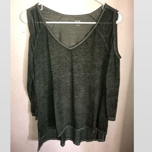 Open shoulder tshirt